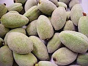 Almonds Green Big 0.5 kg